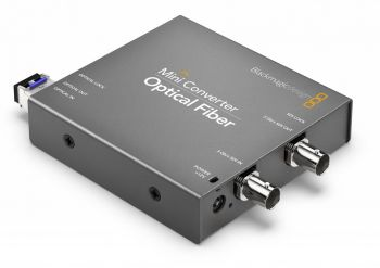 2_x_blackmagic-design-mini-converter-optical-fiber